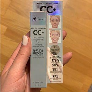 it cosmetics Makeup - IT Cosmetics CC+ Cream with SPF 50+ - Shade Light